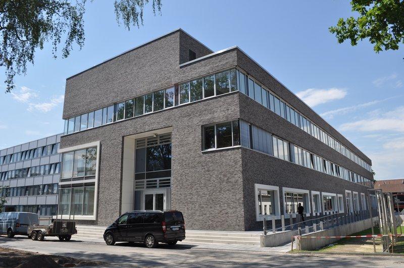 DLR Braunschweig :  Neubau und Erweiterung Gebäude 118