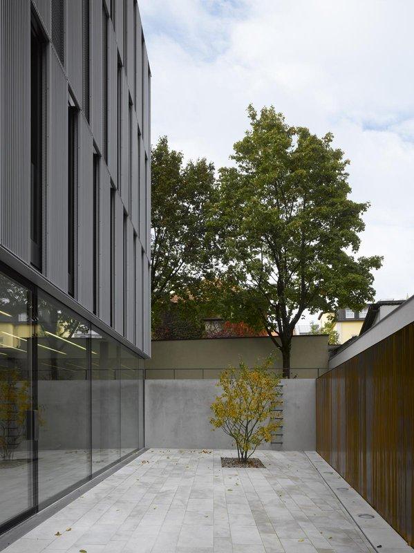 O Neubau: Innenhof
